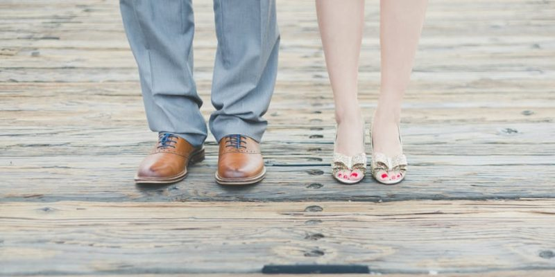 What brides need to know when buying wedding shoes?