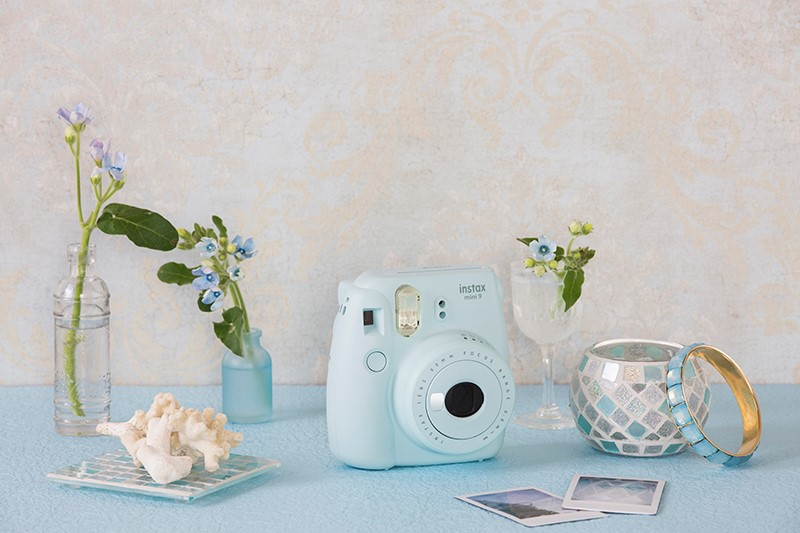 Make Your Wedding Day One-of-a-Kind with Instax® instant photos