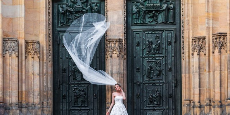 6 Ways to Make a Unique Grand Entrance at Your Wedding